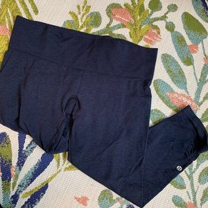 Lululemon Heathered Blue Cropped Leggings